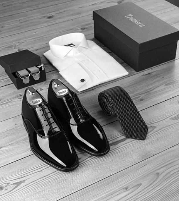 El mejor calzado con alzas para el novio